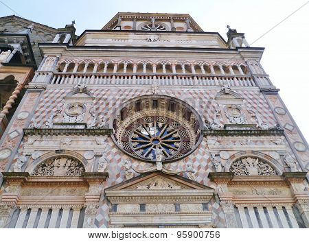 The Cappella Colleoni with a rose window