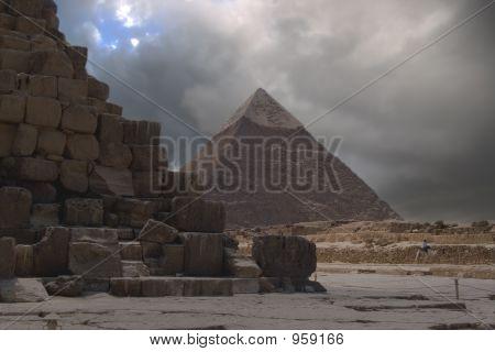 Hdr Pyramids Doom