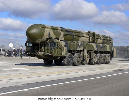 Mobile launcher of Topol M
