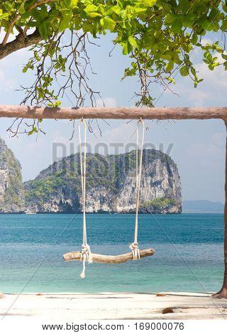 Holiday Memory Seaside Swing