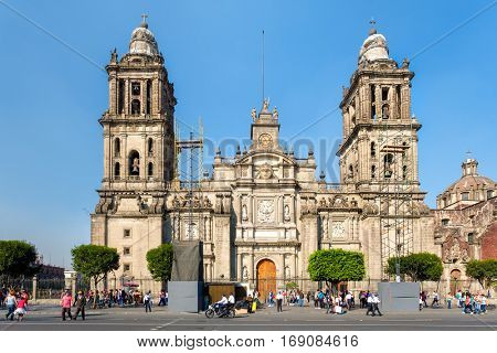 MEXICO CITY,MEXICO - DECEMBER 23,2016 : The Mexico City Metropolitan Cathedral