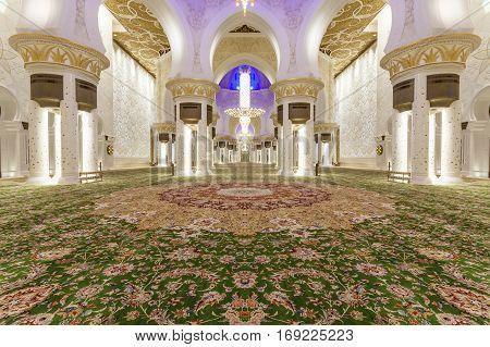 ABU DHABI, UAE - DEC 4, 2016: Interior of the Sheikh Zayed Grand Mosque. Abu Dhabi United Arab Emirates Middle East