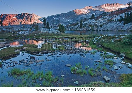 The Sierra Nevada is a mountain range in the Western United States, between the Central ... The Sierra Nevada lies in Central and Eastern California, with a very small but historically important spur extending into Nevada.