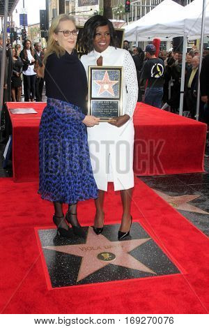 LOS ANGELES - JAN 5:  Meryl Streep, Viola Davis at the Viola Davis Star Ceremony at Hollywood Walk of Fame on January 5, 2017 in Los Angeles, CA
