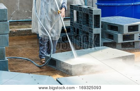 Cleaning with high pressure water jet industry