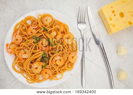 Delicious Delicious Spaghetti With Shrimps On Wooden Background