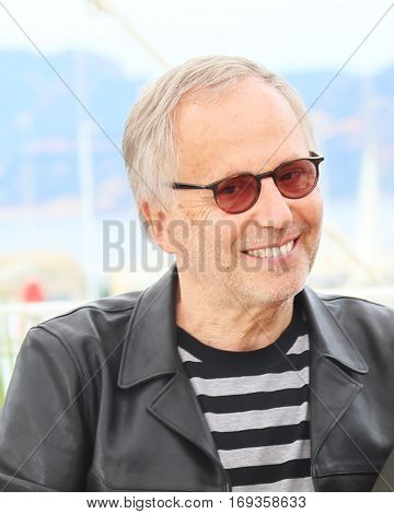 Fabrice Luchini  attend sthe 'Slack Bay' (Ma Loute) Photocall during the 69th annual Cannes Festival at the Palais on May 13, 2016 in Cannes, France.