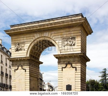The Porte Guillaume in Dijon, triumphal arch in Burgundy (Dijon, Burgundy, France)