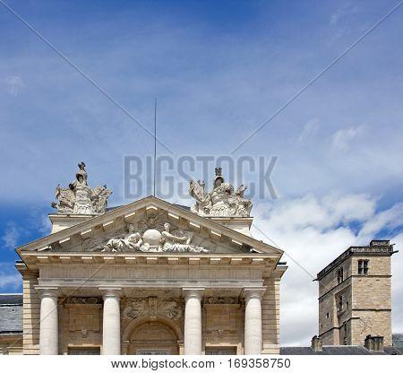 Palace of the Dukes and Tour Philippe Le Bon (Dijon, Burgundy, France).