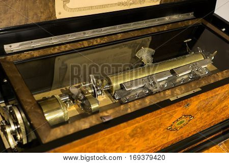 KOBE JAPAN 2016 Dec18 :the engine of vintage music box exhibited in KOBE music box museum.