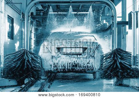 car wash car wash foam water Automatic car wash in action