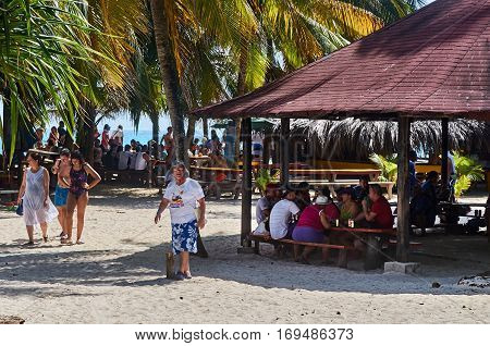 People Having Lunch In Johnny Cay