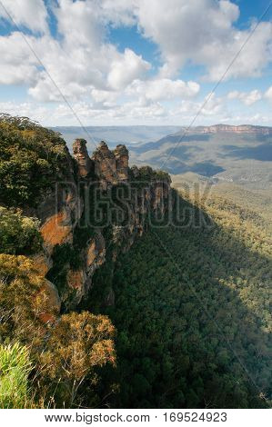 From the Echo Point lookout in Katoomba you will see The Three Sisters, an iconic Australian landscape situated in the stunning Blue Mountains west of Sydney, Australia.