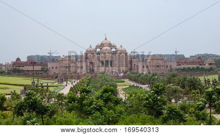 NEW DELHI, INDIA. 30 may 2009:  The grandest Hindu temple complex in the world - Akshardham.  New Delhi, India