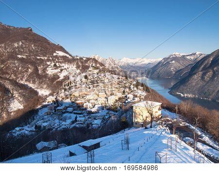 View Of The Village Of Bré