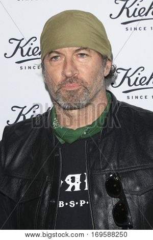 LOS ANGELES - SEP 22:  Scott Patterson at the Kiehl's LifeRide for Ovarian Cancer Research at Kiehl's Store  on September 22, 2016 in Santa Monica, CA