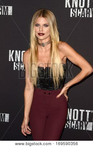 LOS ANGELES - SEP 30:  AnnaLynne McCord at the 2016 Knott's Scary Farm at Knott's Berry Farm on September 30, 2016 in Buena Park, CA