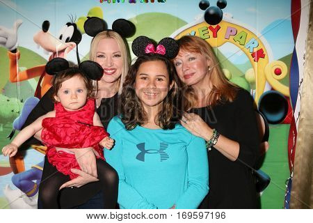 LOS ANGELES - DEC 4:  Amelie Bailey, Adrienne Frantz Bailey, Kylie Lyn Rodriguez, Andrea Evans at the Amelie Bailey's 1st Birthday Party at Private Residence on December 4, 2016 in Studio CIty, CA
