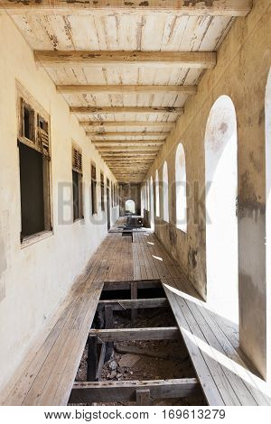 Old abandoned quarantine building was an observation device for healthy sailors built in 1885. Sailors from ships with infectious disease on board had to stay here until it was determined that they were not infected. It is situated on the corner of the Ca