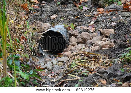 A drainage pipe used for draining water from wet area