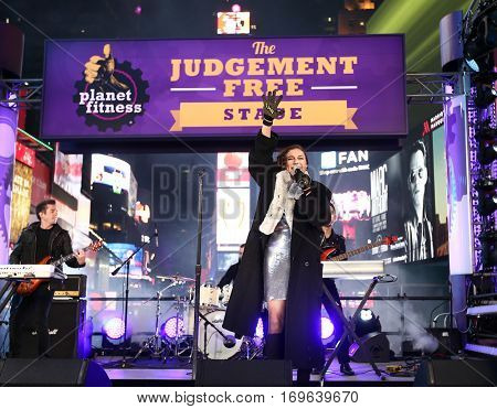 NEW YORK-DEC 31: Recording artist Daya performs during Dick Clark's New Year's Rockin' Eve at Times Square on December 31, 2015 in New York City.
