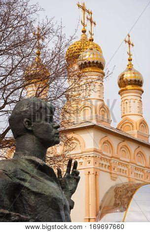 In center of Ryazan, near Kremlin is monument to great Russian poet Sergei Yesenin. The sculpture was installed October 2, 1975. Sculptor Kibalnikov. Russia, Ryazan. April 13, 2015