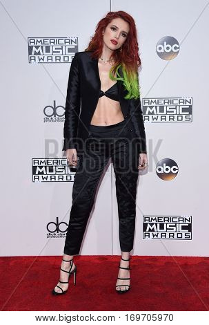 LOS ANGELES - NOV 20:  Bella Thorne arrives to the American Music Awards 2016 on November 20, 2016 in Hollywood, CA