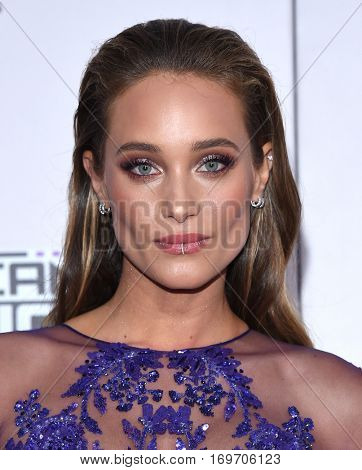 LOS ANGELES - NOV 20:  Hannah Jeter arrives to the American Music Awards 2016 on November 20, 2016 in Hollywood, CA