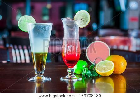 Alcohol Bar, Cocktail Glass On Bar Counter, Cocktail Glass In A Bar, Drinking Cocktails, Fresh Drink