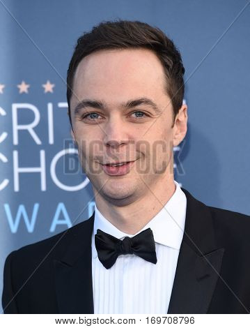 LOS ANGELES - DEC 11:  Jim Parsons arrives to the Critics' Choice Awards 2016 on December 11, 2016 in Hollywood, CA