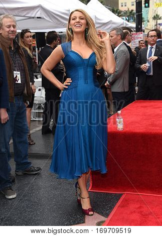 LOS ANGELES - DEC 15:  Blake Lively arrives to the Walk of Fame honoring Ryan Reynolds on December 15, 2016 in Hollywood, CA