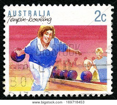 AUSTRALIA - CIRCA 1989: A used postage stamp from Australia depicting an illustration of Tenpin Bowling circa 1989.