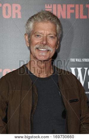 NEW YORK-JUL 11: Actor Stephen Lang attends