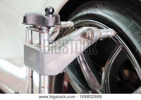 Auto wheel alignment in auto service,Wheel Alignment.
