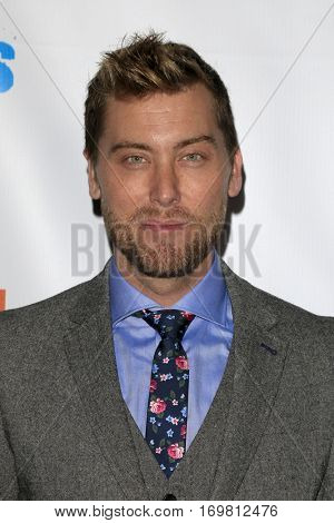 LOS ANGELES - DEC 6:  Lance Bass at the The Actors Fund's Looking Ahead Awards  at Taglyan Complex on December 6, 2016 in Los Angeles, CA