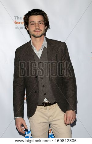 LOS ANGELES - DEC 6:  Kevin Fonteyn at the The Actors Fund's Looking Ahead Awards  at Taglyan Complex on December 6, 2016 in Los Angeles, CA