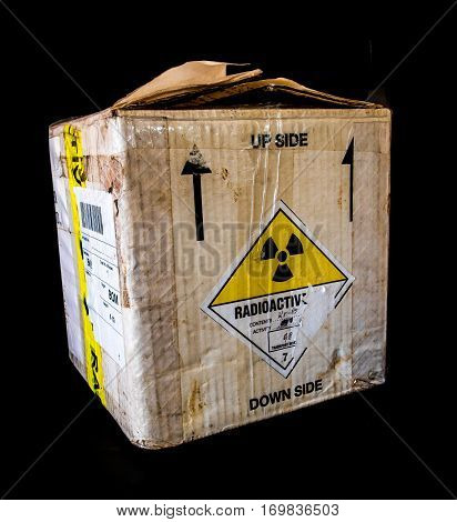 Transportation paper box package type A for small radioactive material