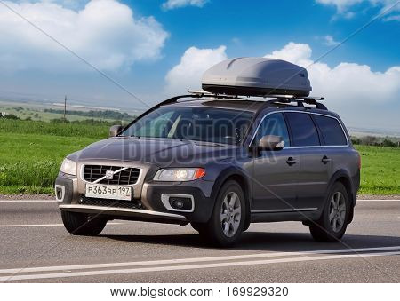 ROSTOV / DON. RUSSIA. M4-DON. 16.06.2016 .Volvo car on the road with a travel trunk M4 Don. June 16. Russia