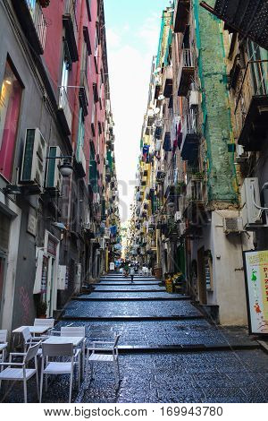 napoli streets with daylight photography on italy