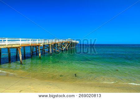 Paradise Cove Pier, A Wooden Pier In Paradise Cove Beach, Malibu, California, United States. Wallpap