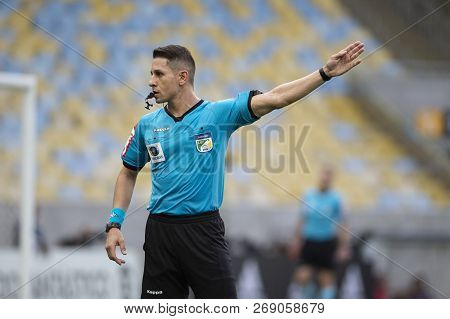 Rio, Brazil - November 15, 2018: Paulo Roberto Alves Junior Referee In Match Between Flamengo And Sa