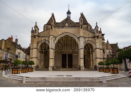 Entrance To Collegiale Notre Dame In Beaune, France