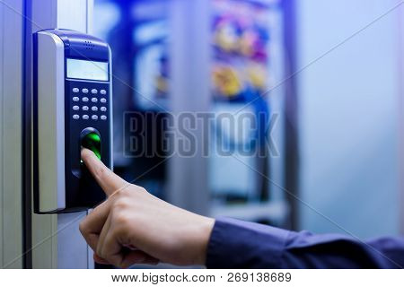 Staff Push Down Electronic Control Machine With Finger Scan To Access The Door Of Control Room Or Da