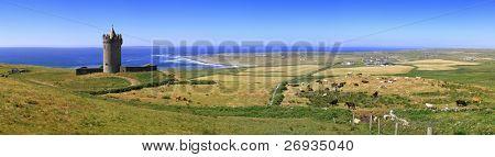 Doonagore castle panoramic - Ireland