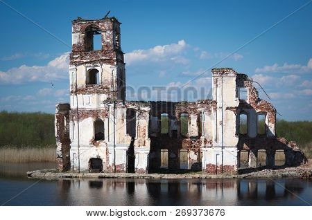 It Is A Sad Monument - The Nativity Church In Krokhino (a Former Village In Belozersky District Of V