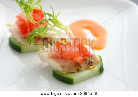 Lite Hors D'Oeuvre Of Chicken And Cucumber