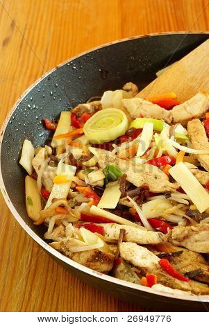 Stir-fried Chinese vegetables with chicken