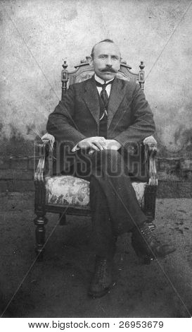 Vintage photo of man (twenties)