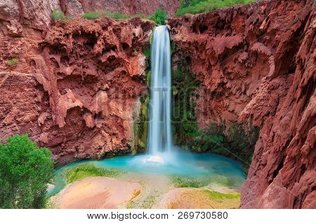 Mooney Falls, Grand Canyon, Havasupai Indian Reservation, Arizona