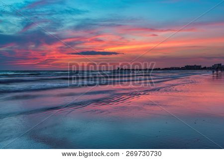 Pink Sunset At Siesta Key Beach, Gulf Mexico, Florida.